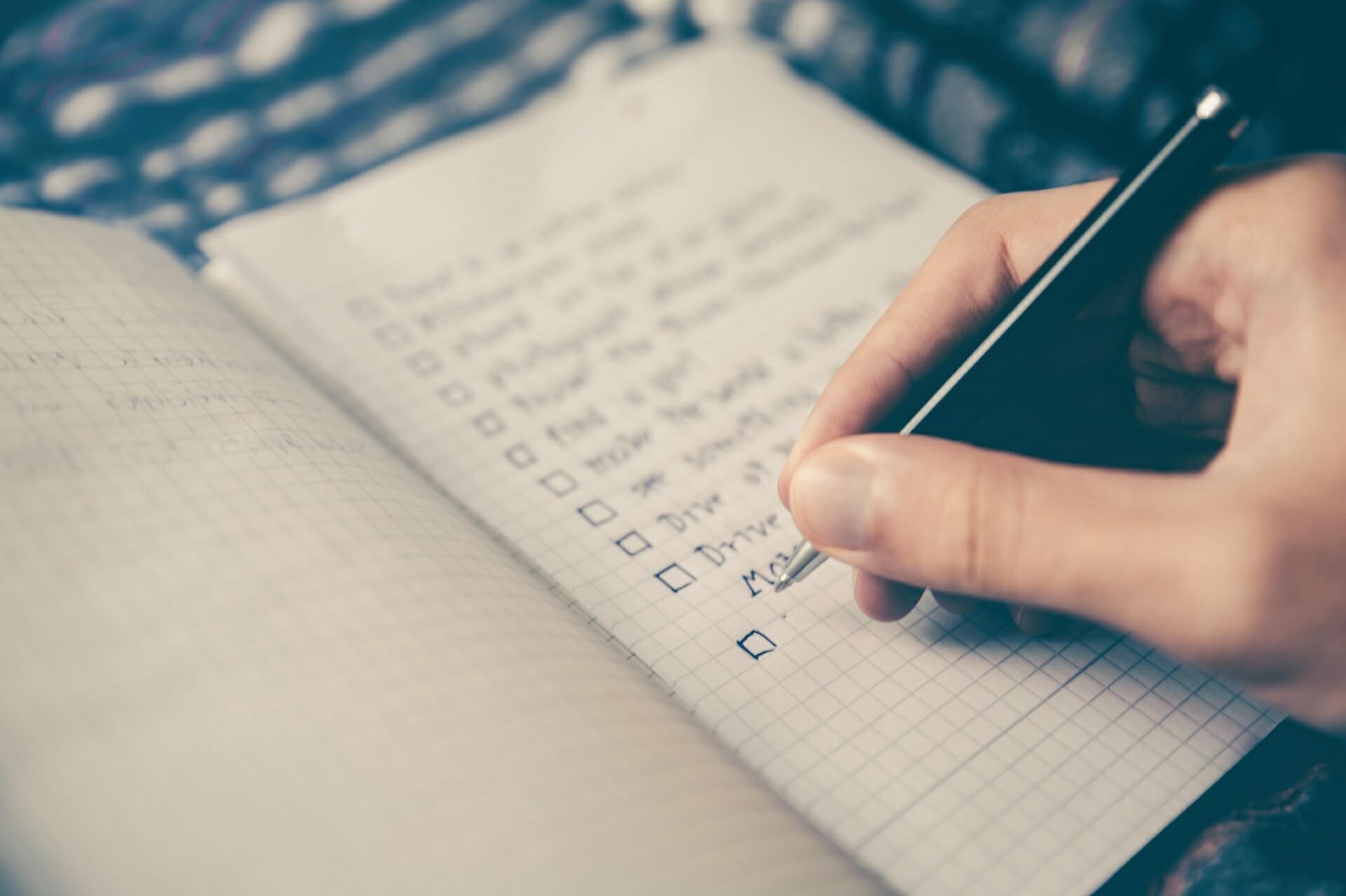 How to Stick to a Plan: A Fool-Proof Guide via @allamericanatlas