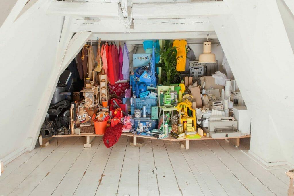 closet organized at home