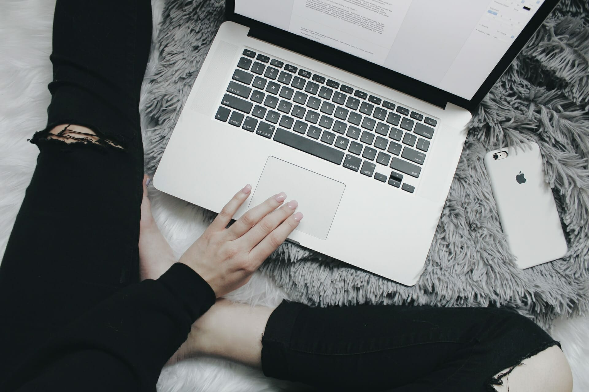17 Working from Home Tips to Change Your Life via @allamericanatlas
