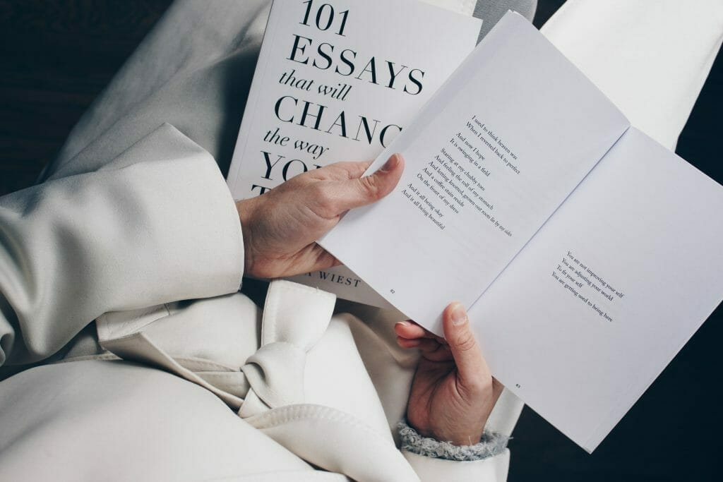 books-on-writing-essays
