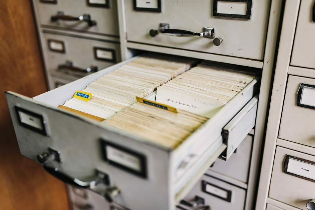filing-cabinet-at-work