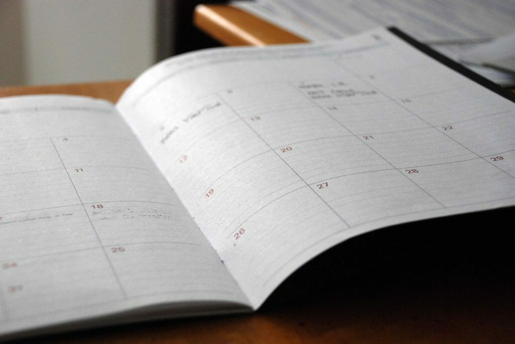 planner-on-table