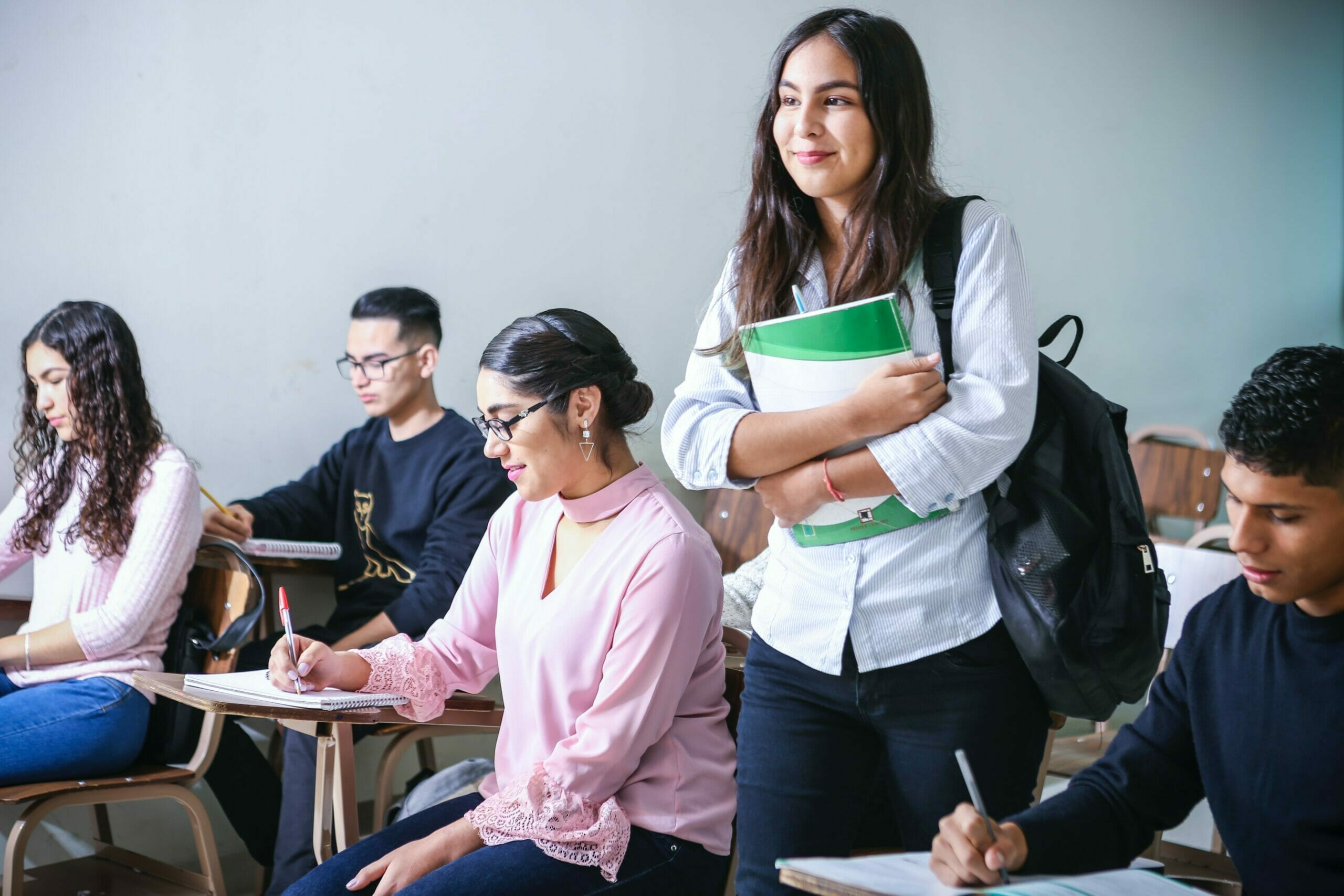 How to Be Confident in School: 7 Life-Changing Tips via @allamericanatlas