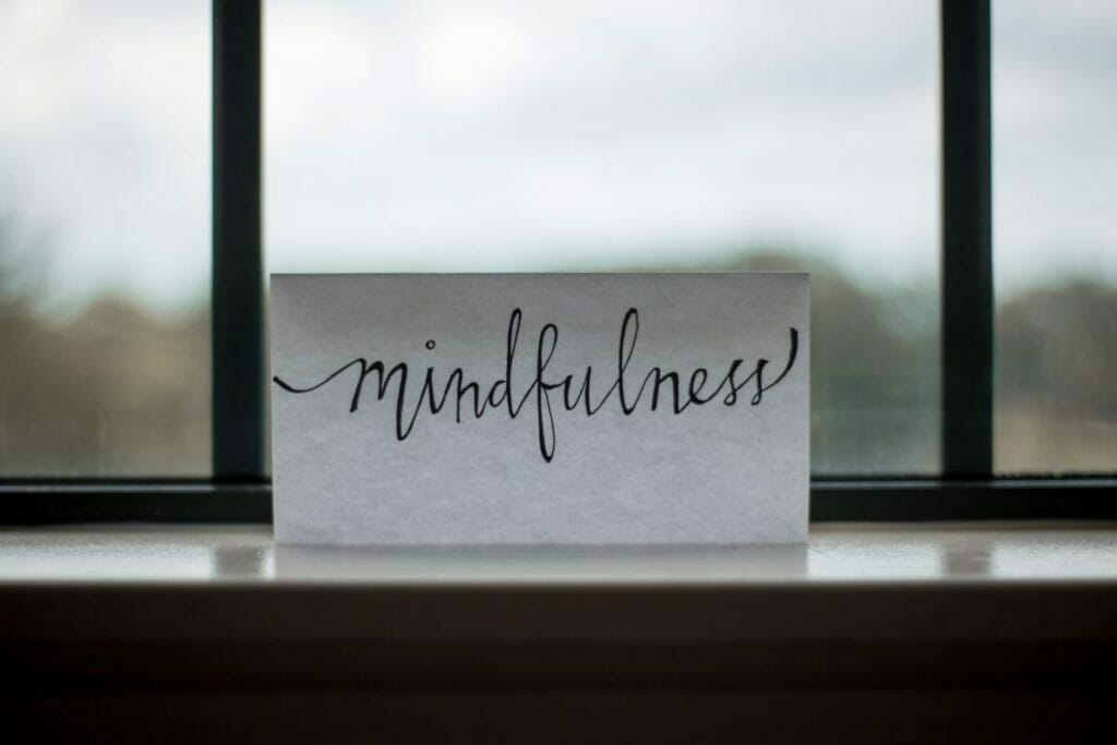 card that says mindfulness