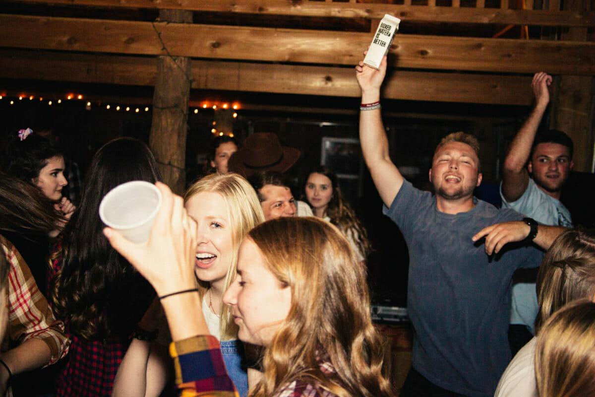 7 Honest Disadvantages of Being an Extrovert via @allamericanatlas